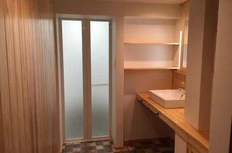 寒い浴室を暖かく快適な空間に